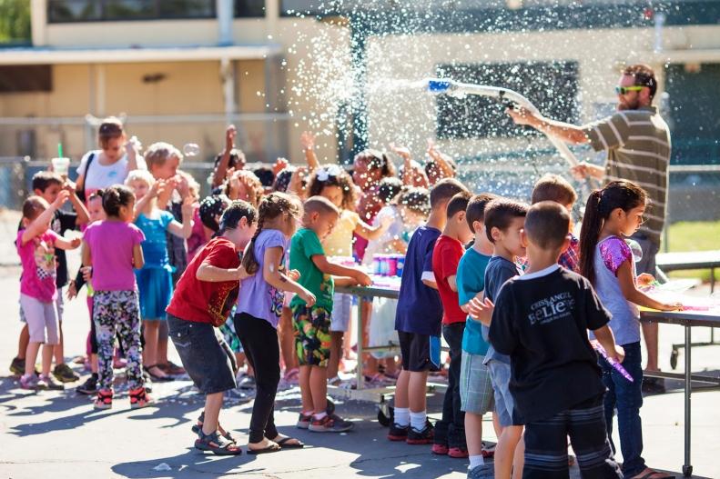Simple bubbles drew the biggest crowd!